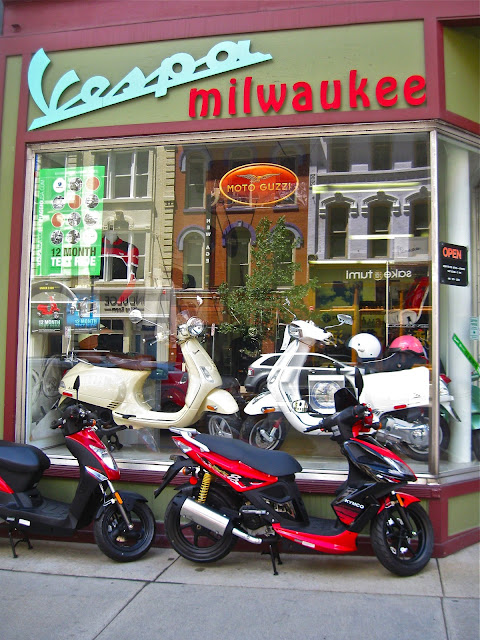 Richard-Estes-and-Vespa-Milwaukee