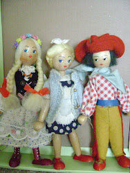 Doll & Toy Dealer