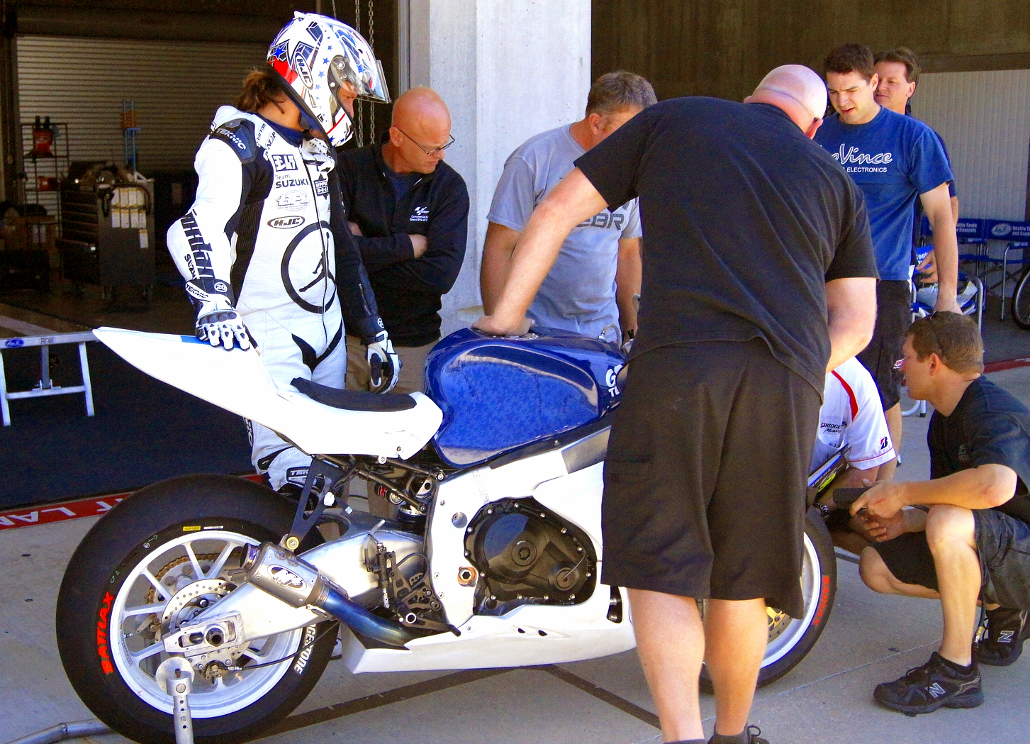 Buell Back ! - Page 3 Yates+and+gptech+team+ims+test+08+11+2012