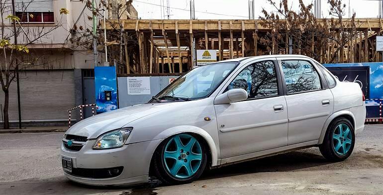 Chevrolet Corsa Classic Imitacion ★