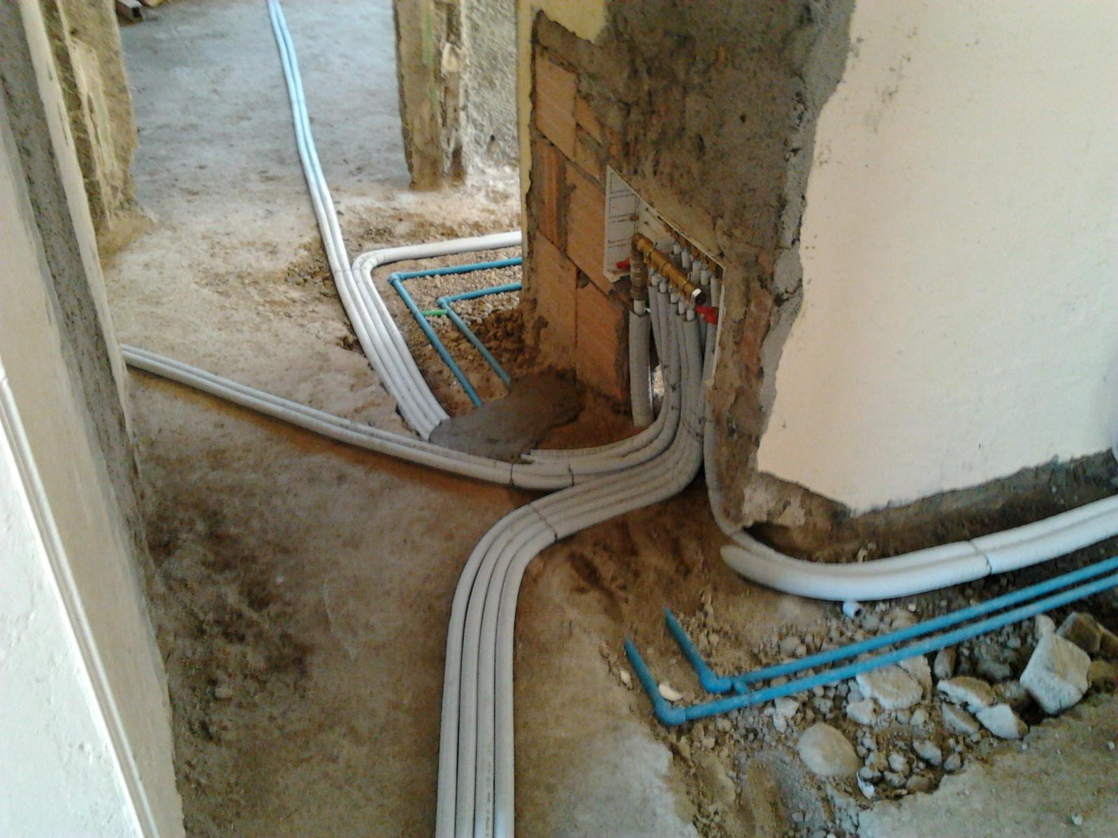 Il blog dell 39 idraulico collettore multistrato - Impianto acqua bagno ...