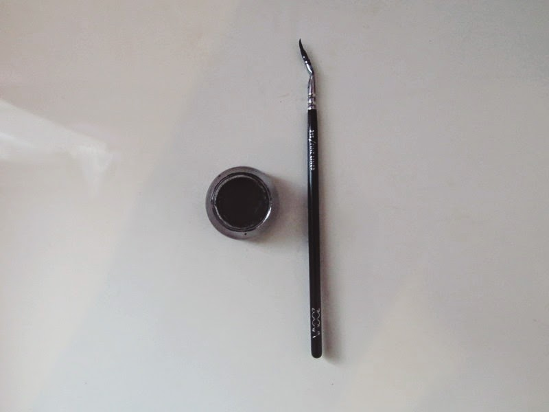 Zoeva Fine Liner Brush 315, Maybelline Eye Studio Gel Liner