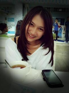 Melody Nurramdhani Laksani | http://xpress-community.blogspot.com/
