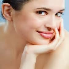 تخلصي من آثار الحبوب فى وجهك بأسهل الطرق - نضارة البشرة العادية