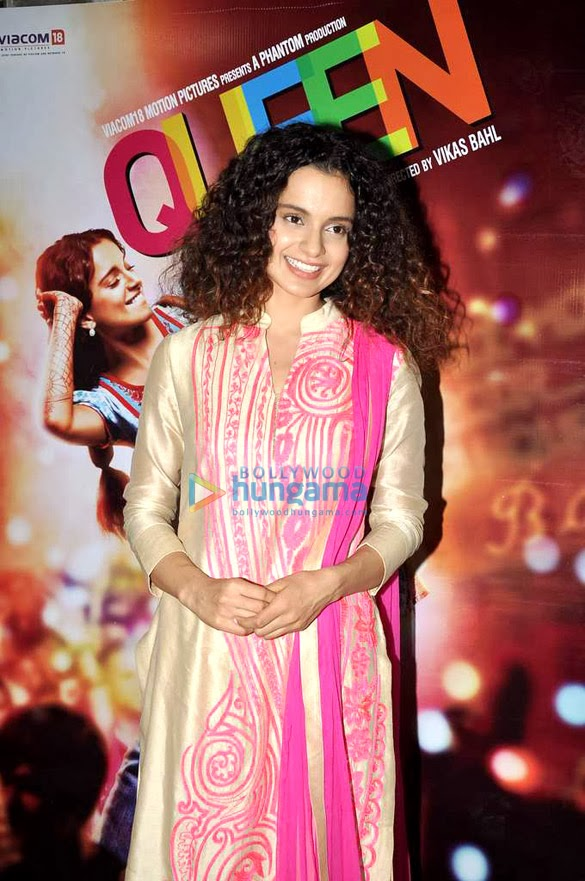 Kangna Ranaut snapped at Mehboob Studio to promote  'Queen' cinema