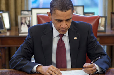Obama signs order outlining emergency Internet control