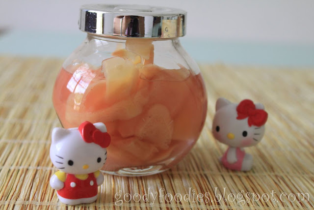 how to make pink colour in pickled ginger