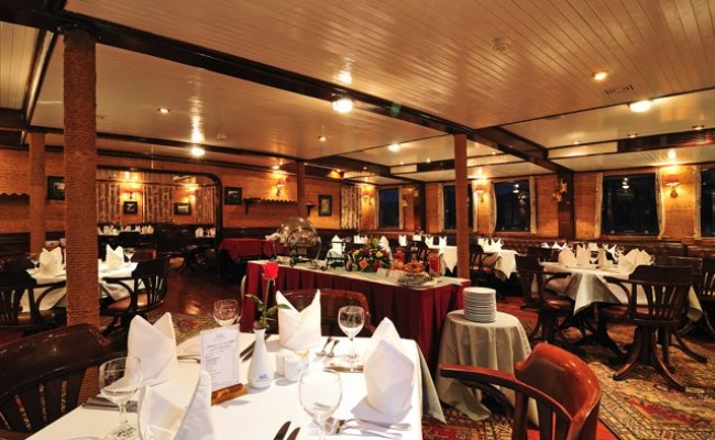 Restaurant - Emeraude Cruise