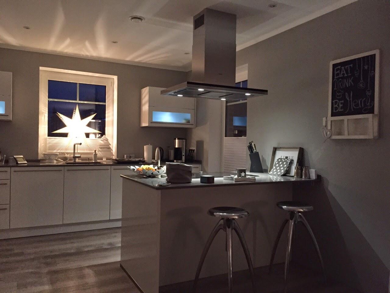 abenteuer hausbau in der heide wir haben eine k che. Black Bedroom Furniture Sets. Home Design Ideas