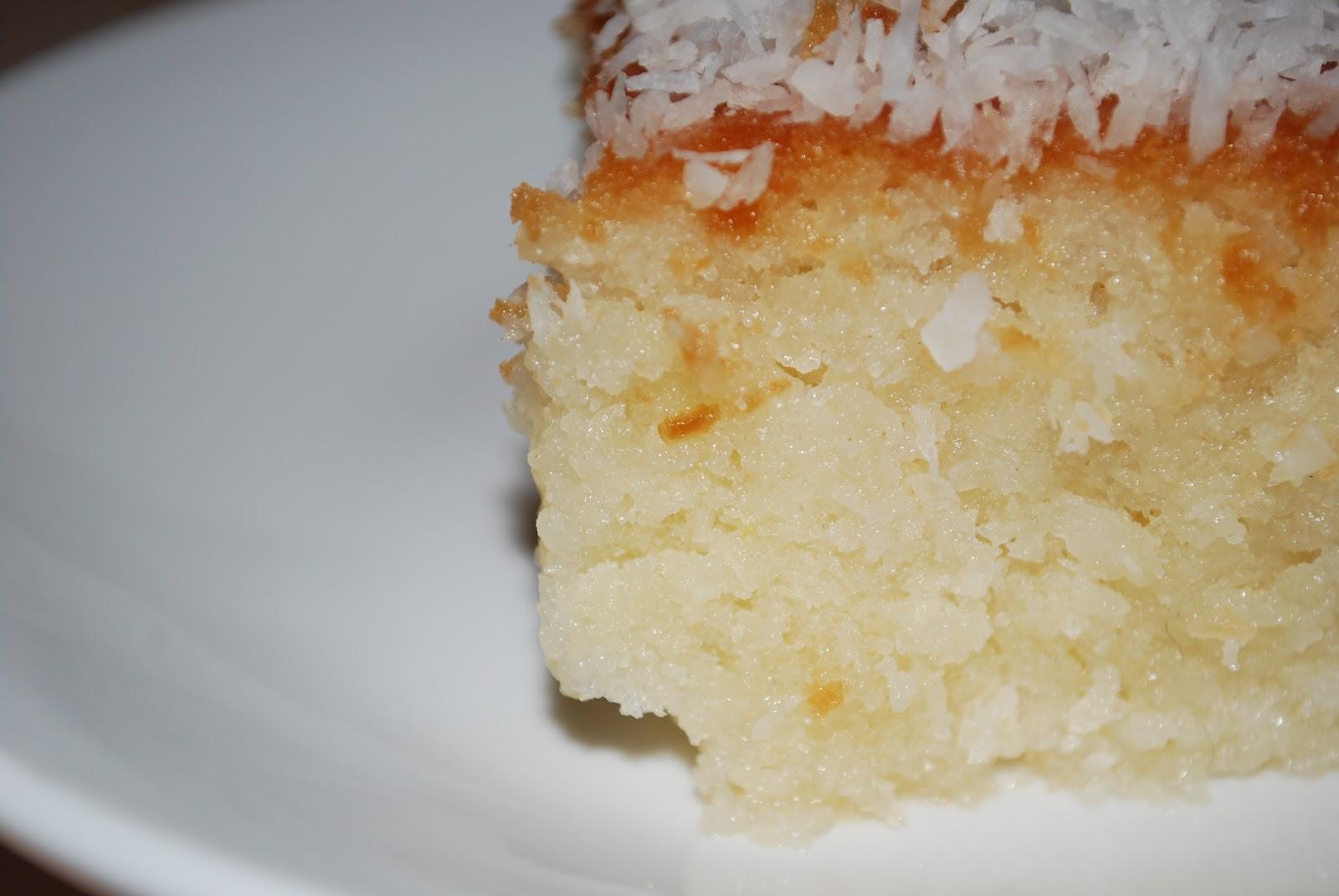 mbakes: Turkish Cypriot Coconut Cake / HİNDİSTAN CEVİZİ TATLISI