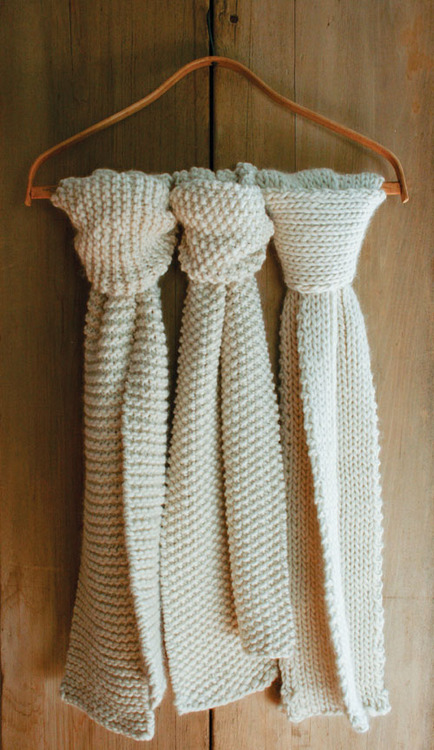 Knitting Pattern For Whisper Scarf : DIY: Knit ideas and projects for beginners - Nature Whisper