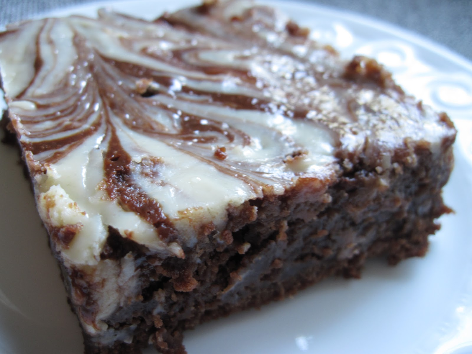 Nutella cheesecake brownies: a recipe | Yankee Kitchen Ninja