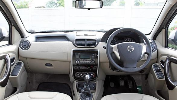 Inilah Spesifikasi Dan Harga Mobil Nissan Terrano Terbaru 2015