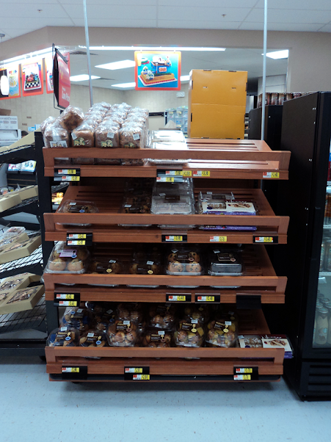 Quick Breakfast Options with Starbucks and The Bakery at Walmart #Delicious Pairings