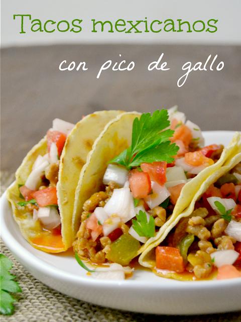 Tacos mexicanos con pico de gallo
