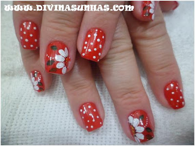 unhas-decoradas-fundo-vermelho2-diene
