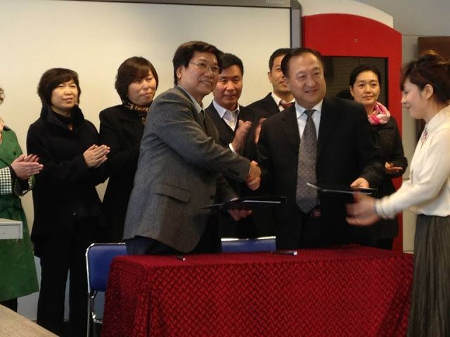 與東北長春電視大學校長互簽社區大學合作備忘錄 #MOU「備忘錄」
