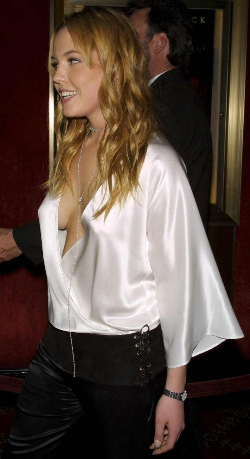 agnes bruckner seductive hot - photo #30