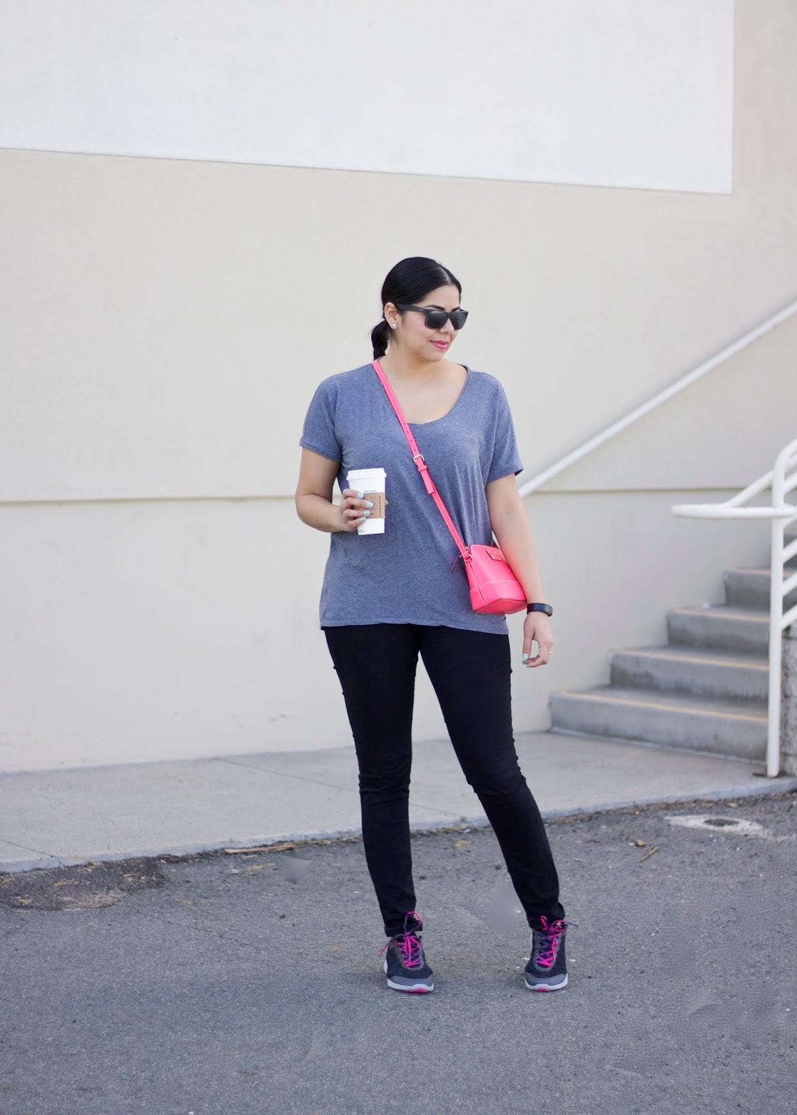 Vionic footwear, fashionable activewear, sneakers outfit, san diego fashion blogger