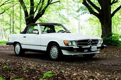 Mercedes-Benz 560SL R107 1988 Front