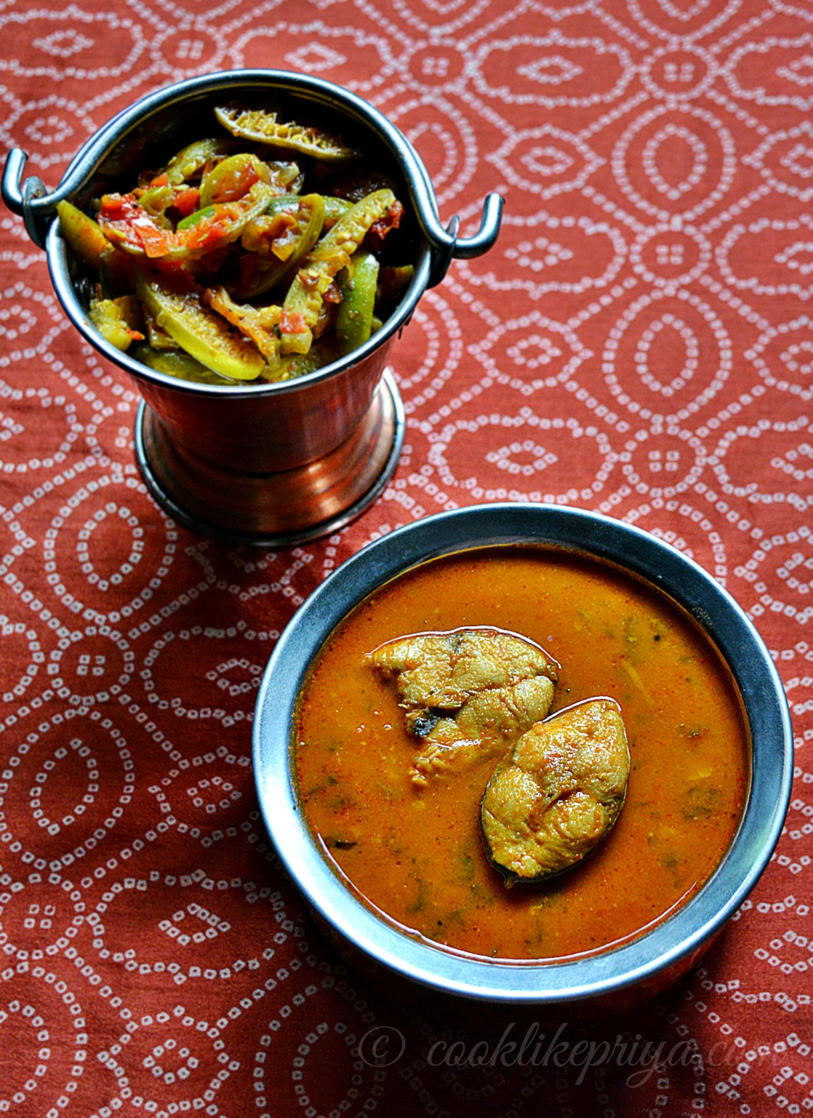 Meen Kuzhambhu Recipe | Fish curry without coconut