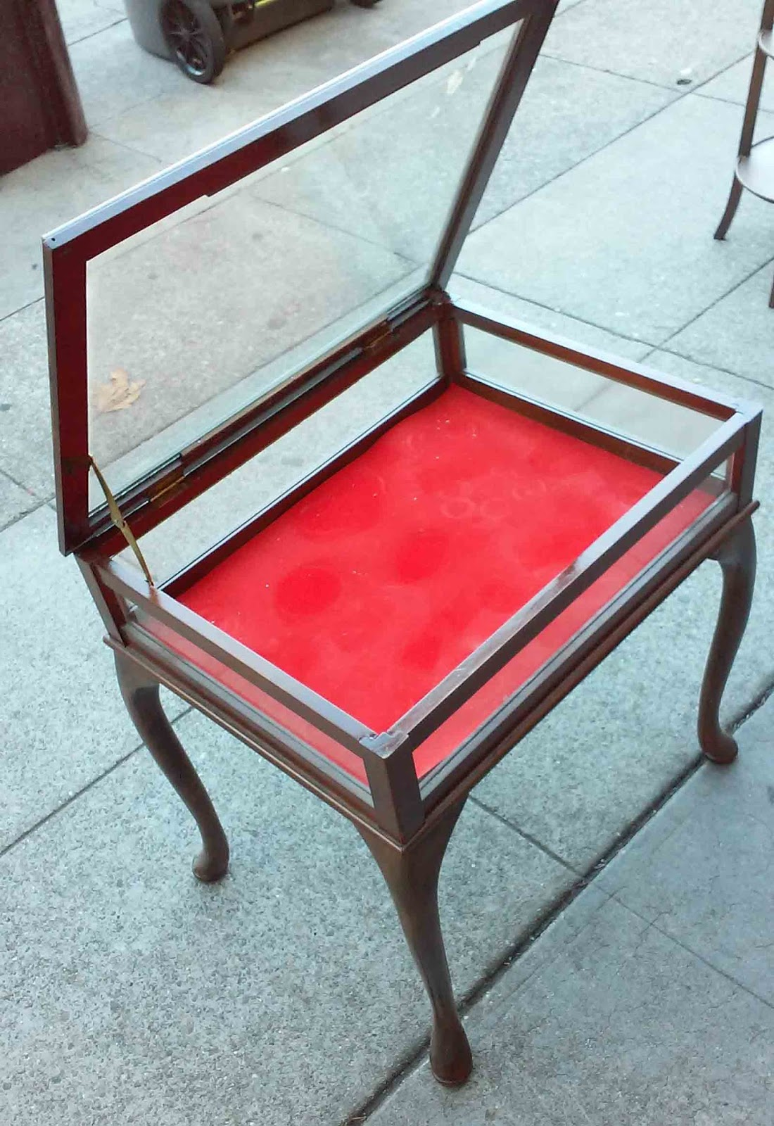 Etonnant SOLD Display Case End Table   $50