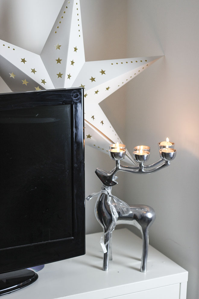 Christmas 2014 Decoration Ideas - stag head candle , star light