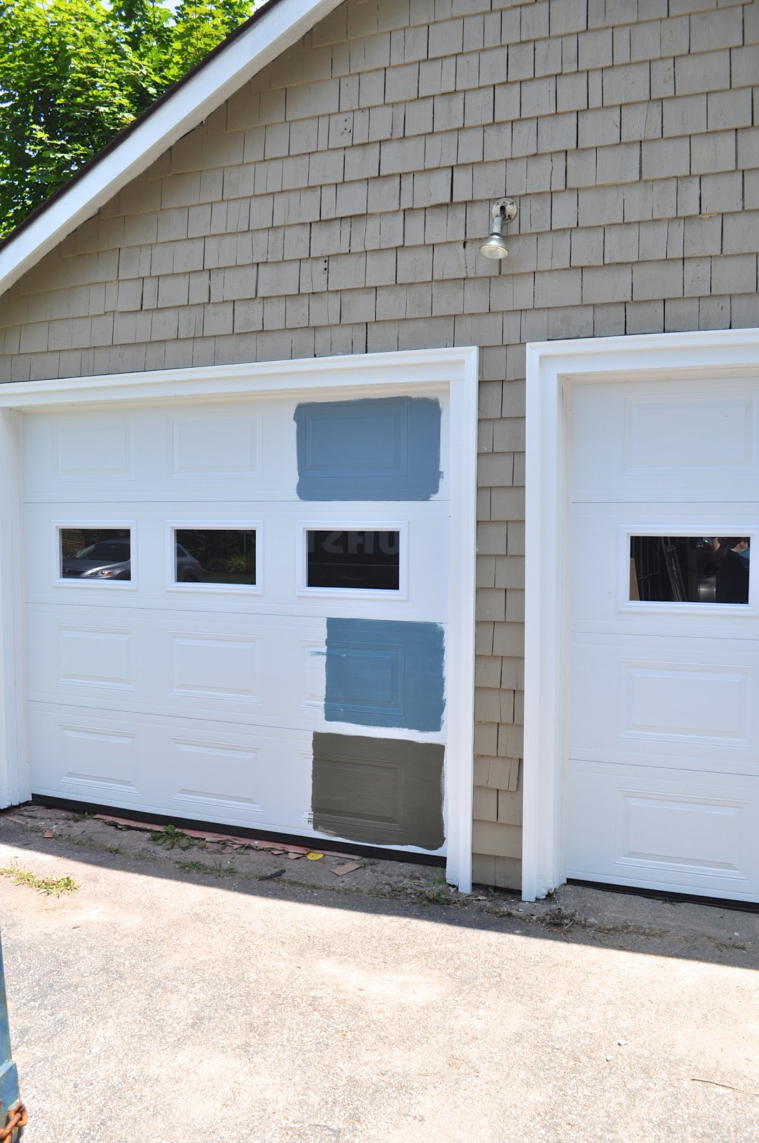 1600 #456424 Painting The Garage Door And Garage Door Trim The Same Color As The  pic Garage Doors Colors 37511062
