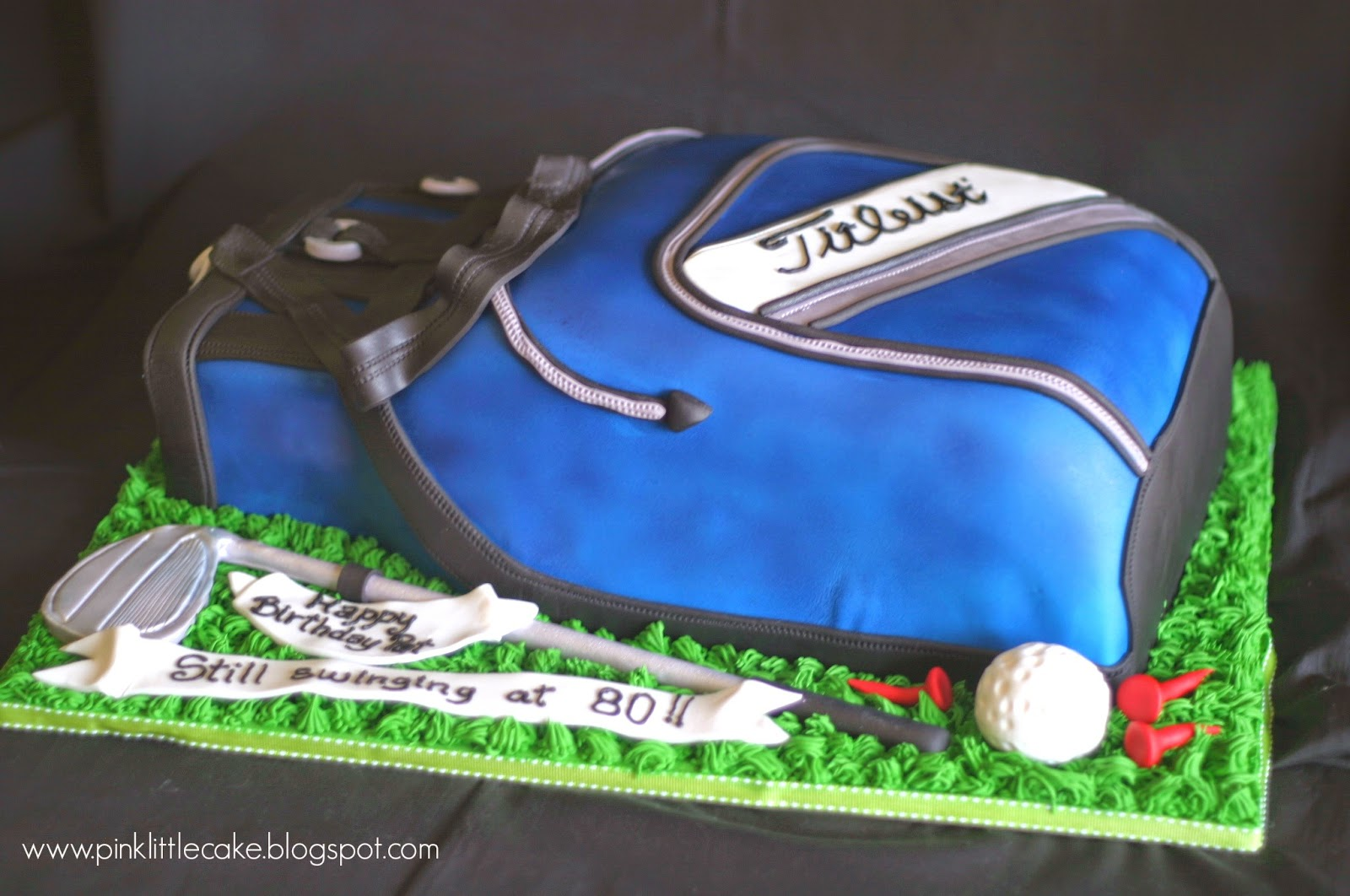 Pink Little Cake: Golf Bag Cake