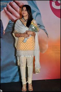 Hansika Motwani New Pictures in Beautiful Salwar Kameez at Oru Kal Oru Kannadi Tamil Movie Audio Launch