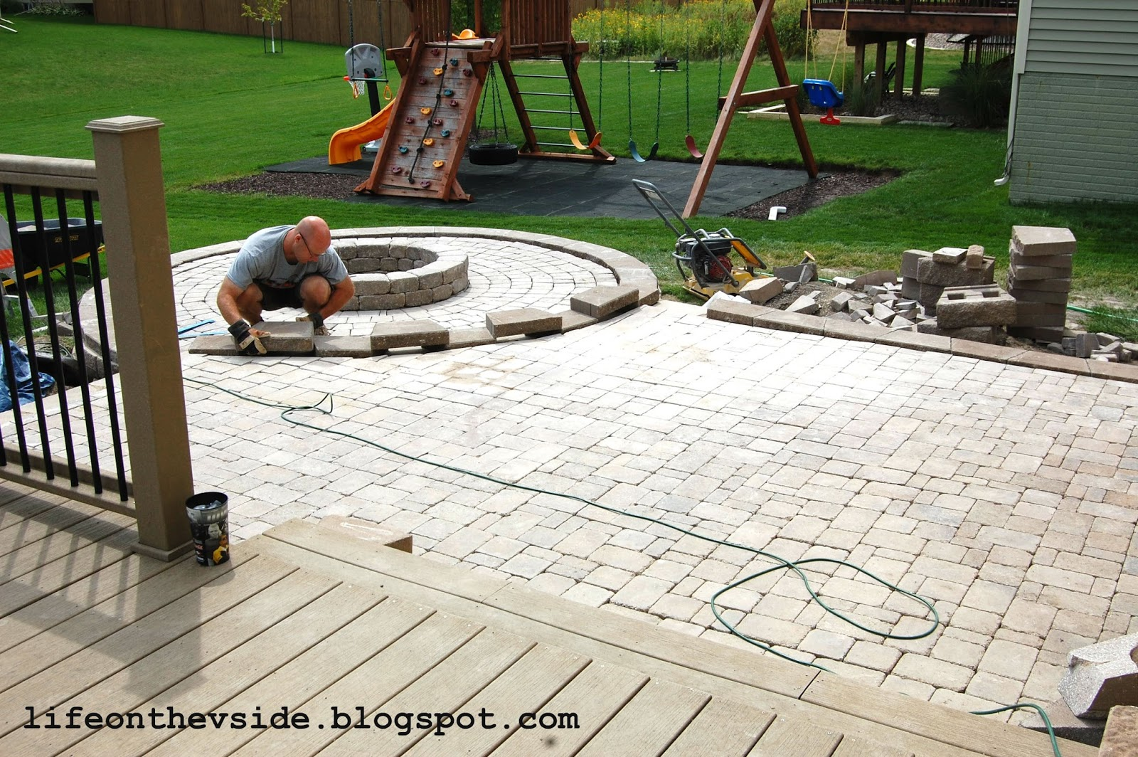 On the v side he built me a patio and i liked it for Backyard paving ideas