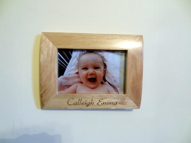 "<a href=""http://www.giftsonline4u.com/personalised-photo-frames.htm"">Personalised Photo Frames</a>"