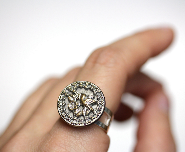 Teeny Tiny Hummingbird Ring #antique #vintage #jewelry