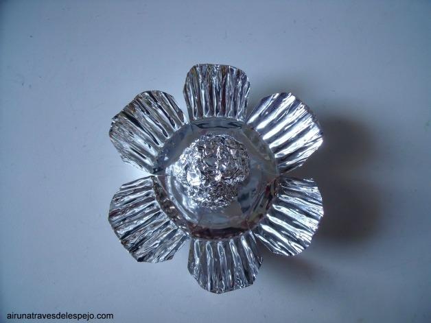 flanera metal flor navidad