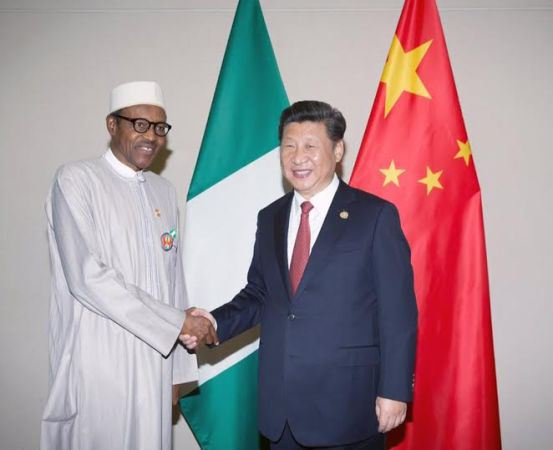 http://1.bp.blogspot.com/-vddXDhcsevI/VmHySeOIoUI/AAAAAAAAdVY/_6MmG8XBO_s/s1600/Buhari-His-Delegation-In-A-Bilateral-Meeting-With-Chinese-President-3-793148.jpg