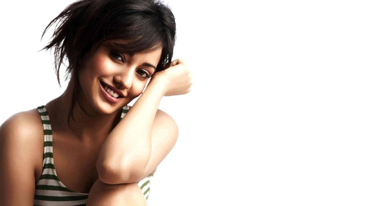 Neha Sharma Wallpapers Pictures Fotos Photo Download