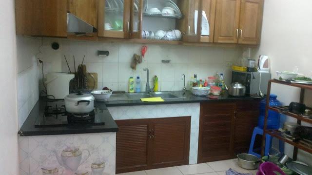 Khu vực bếp trong căn nhà thổ cư giá rẻ Hồ Tùng Mậu, Cầu Giấy, HN