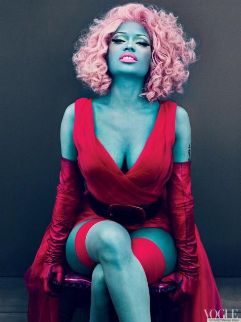 Nicki Minaj la peau bleue pour Vogue US