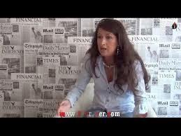 الصحافية زينب الغزوي