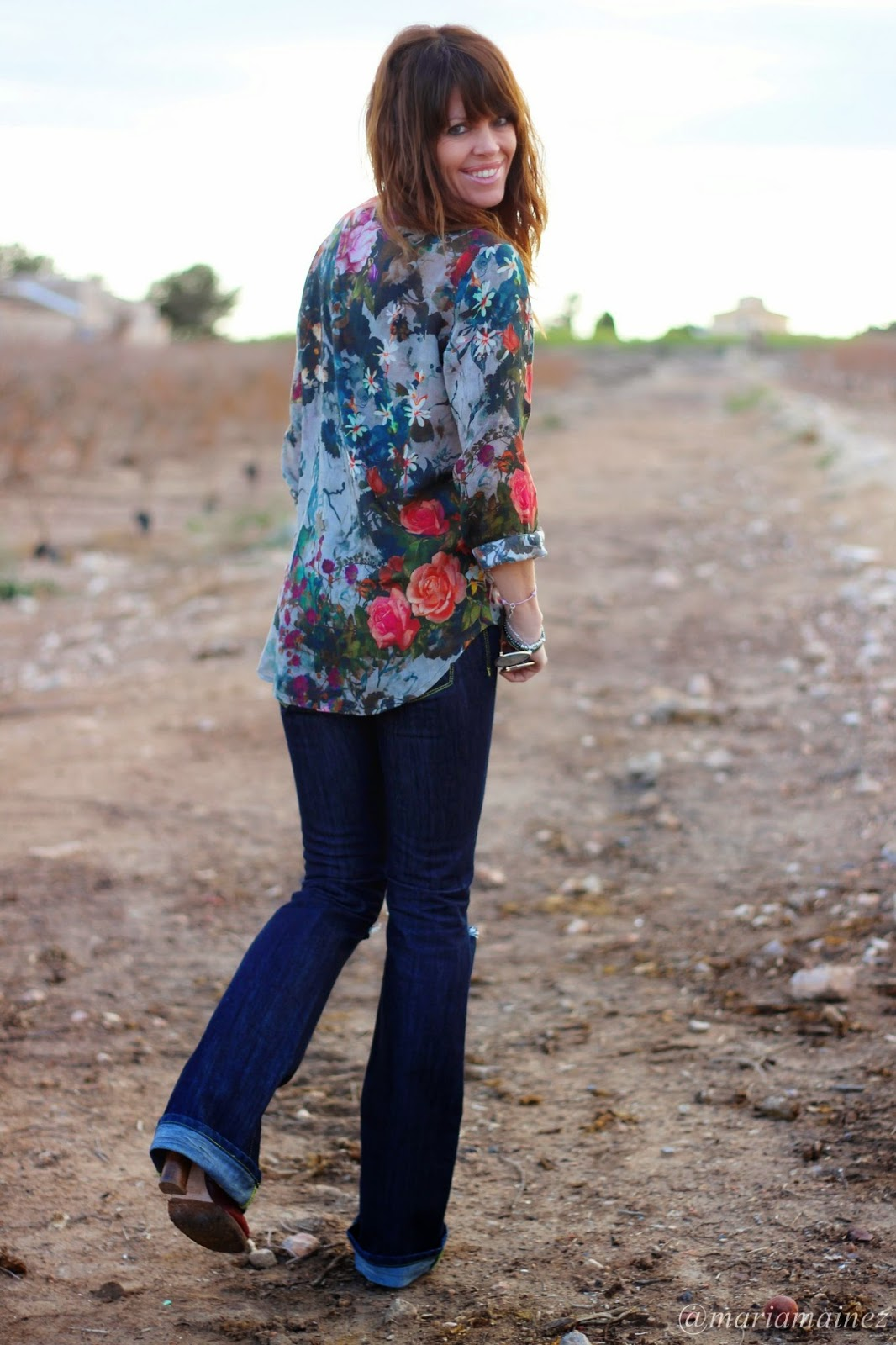 Parka Met - Pantalón Campana - Camisa flores - Etxart&panno- fashion blogger
