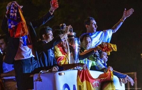 احتفالات ريال مدريد بلقب دوري الابطال في السيبليس