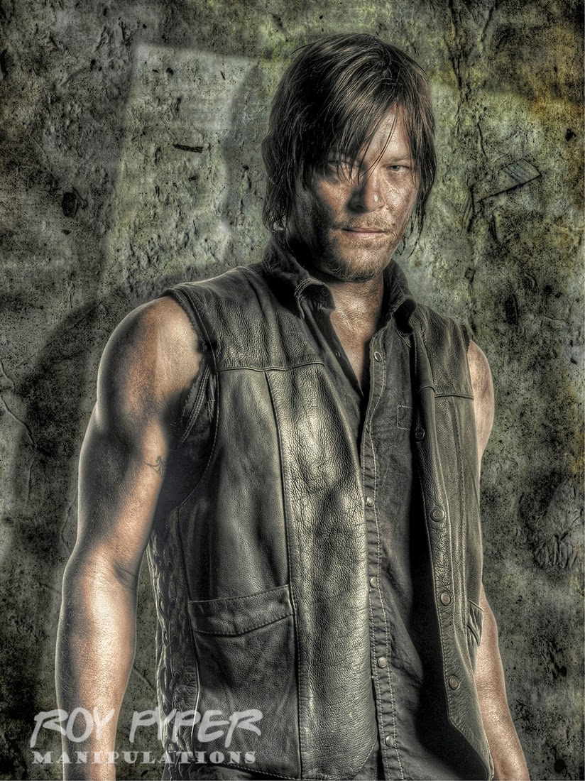 15-Daryl-Dixon-Roy-Pyper-nerdboy69-The-Walking-Dead-Series-05-Photographs-www-designstack-co