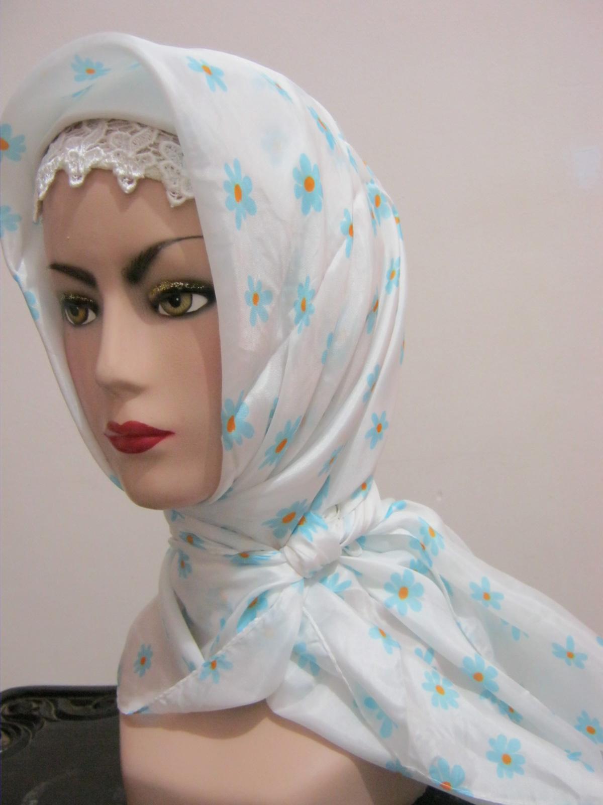 Nafira Jilbab Hijab Fashion Kerudung Satin Motif Bunga