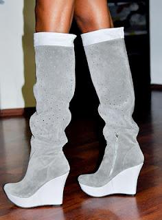 imagine cu cizme de primavara 2012 din piele intoarsa cu talpa ortopedica