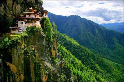 Tiger's_Nest_Monastery_Taktshang_Goemba_Bhutan