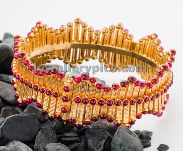 swarnamahal temple bangles with ruby