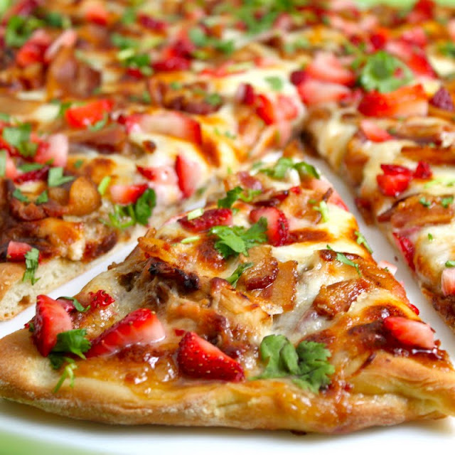 Strawberry Balsamic Pizza with Chicken