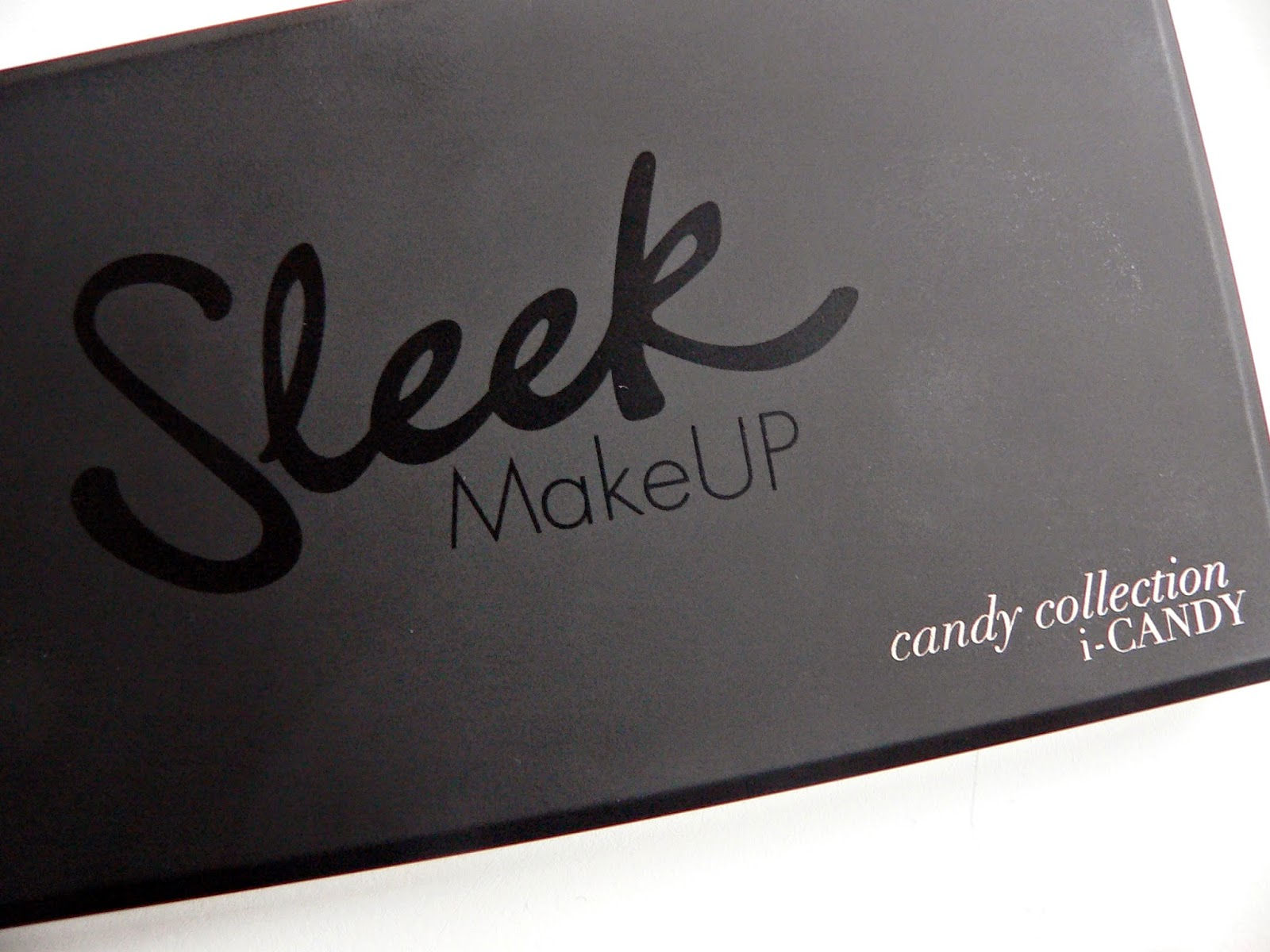 Review, swatch, sleek, candy, eyeshadow, oogschaduw, palette
