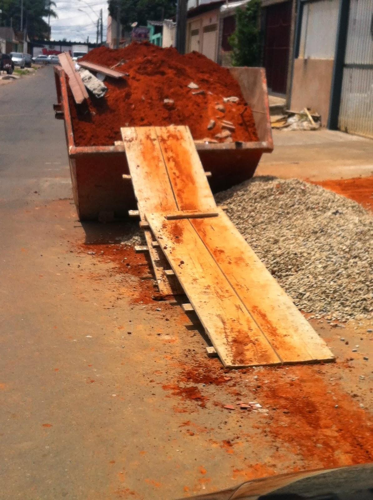 mesa de jantar construindo um banquinho de madeira reaproveitada #C87403 1195x1600