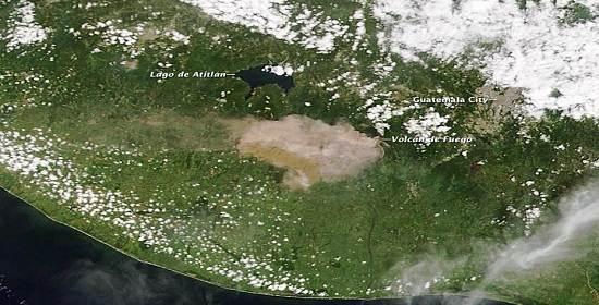 Volcan_de_fuego_satellite_image